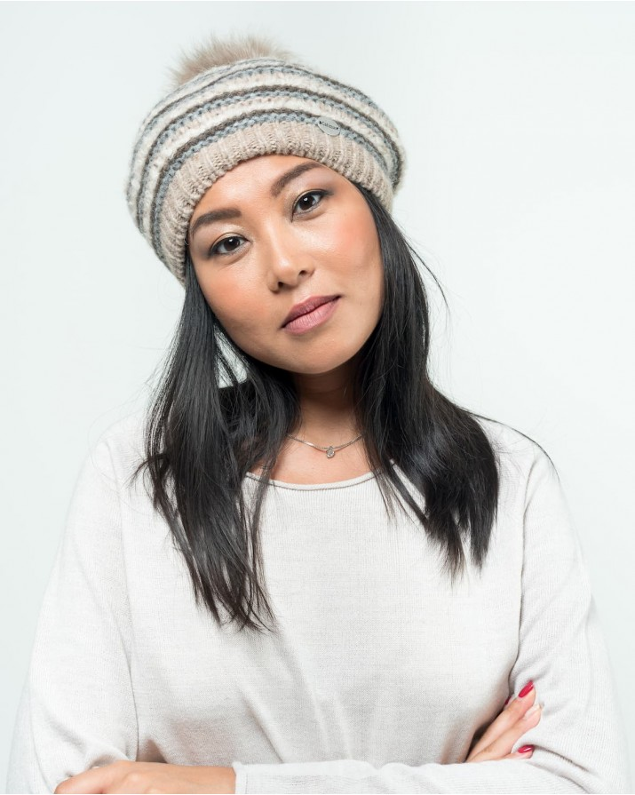 Beret with fox pompon