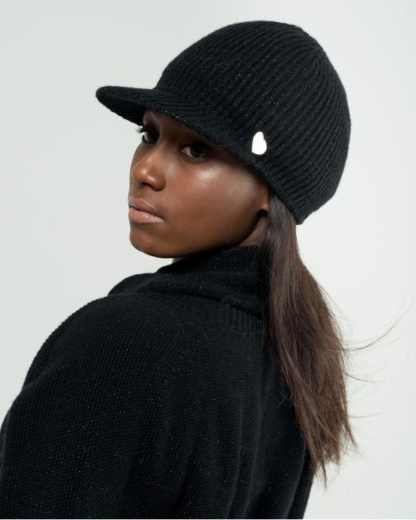 Black lurex cap